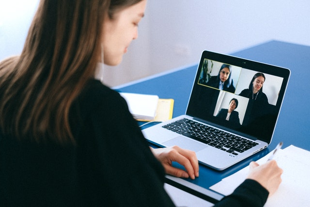 virtual meeting online call tech IT pexels